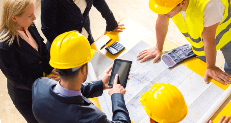 On-site workers using mobile software