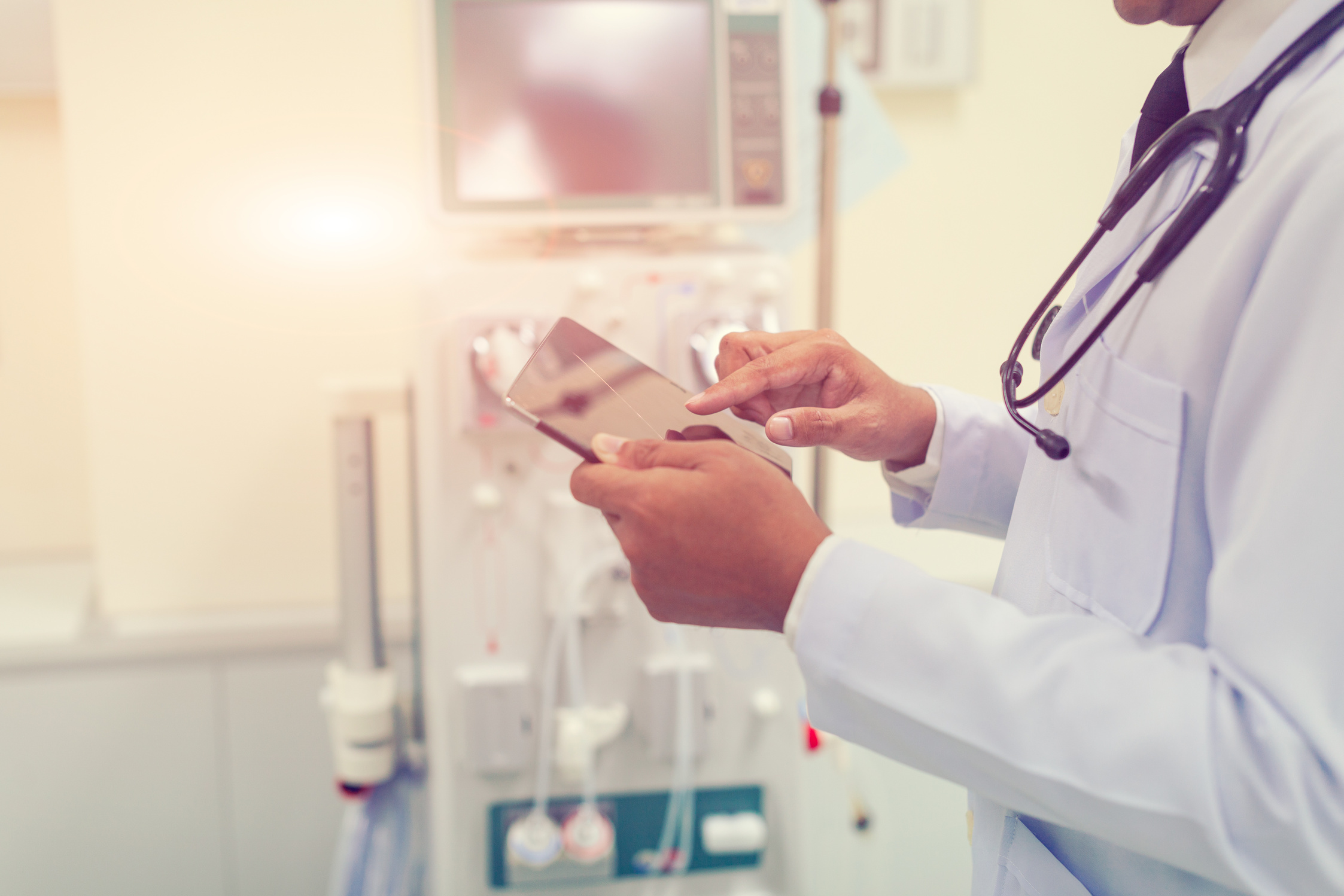 medical device field service software